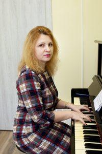 Денис Илона Митрофановнапреподаватель фортепиано
